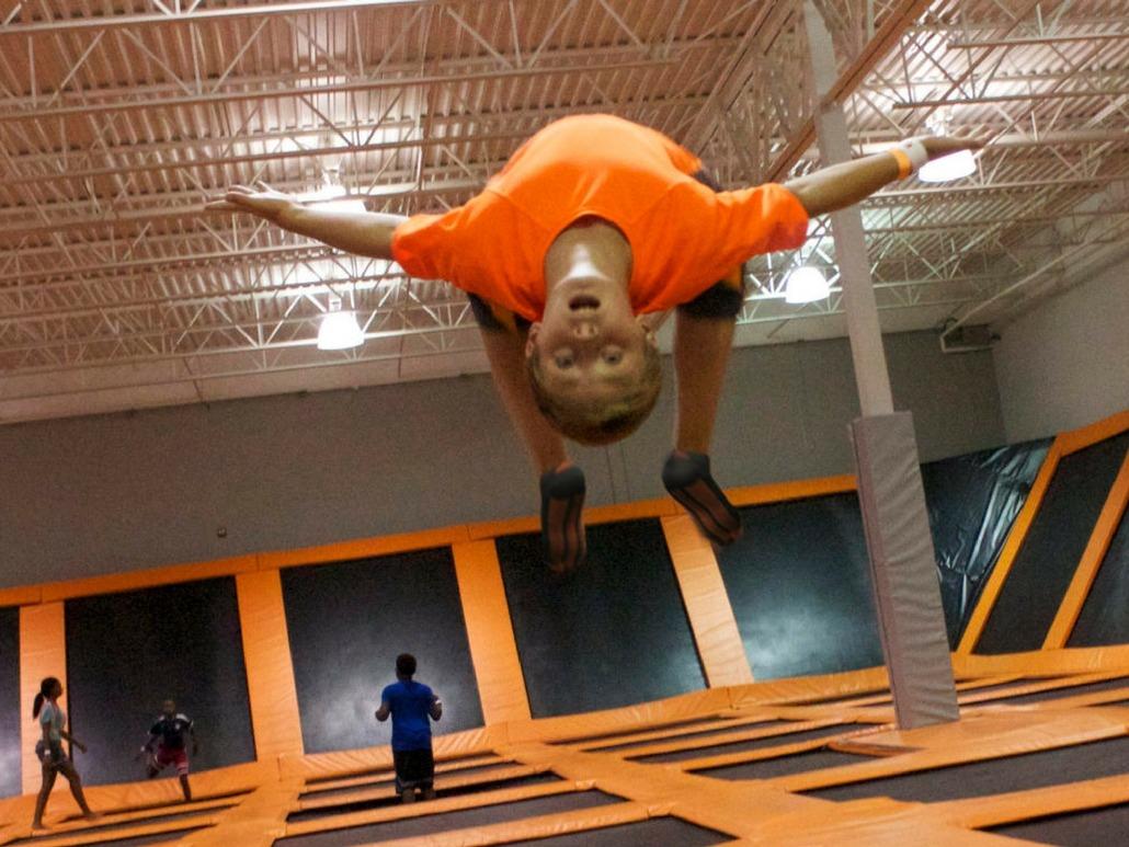 AirTime Trampoline Jump Flip