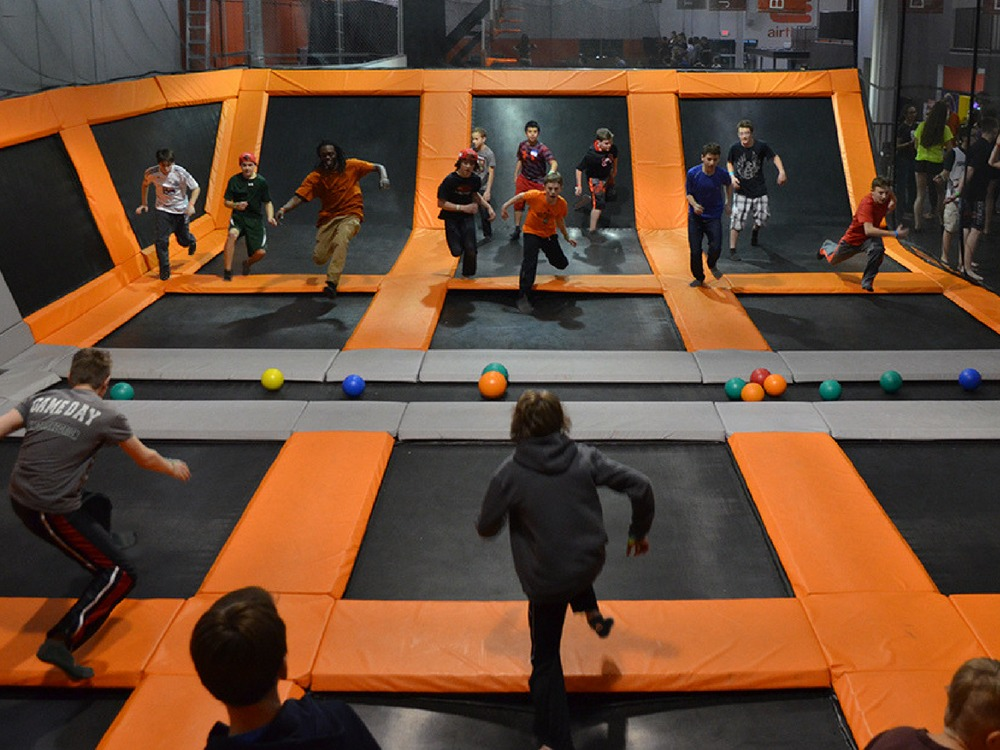 AirTime Trampoline Dodge Ball